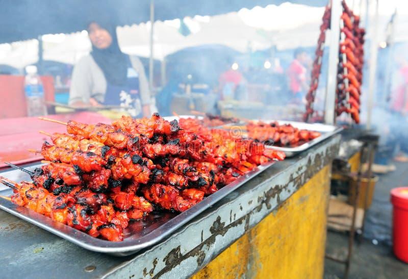 Κοτόπουλο satay για την πώληση στοκ εικόνες με δικαίωμα ελεύθερης χρήσης
