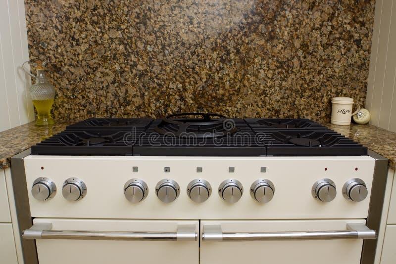 κουζίνα κουζινών σύγχρονη στοκ εικόνες με δικαίωμα ελεύθερης χρήσης