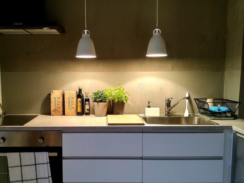 κουζίνα μοντέρνη στοκ εικόνα με δικαίωμα ελεύθερης χρήσης