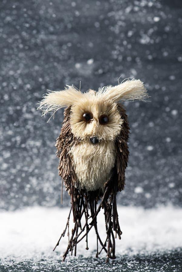 Κουκουβάγια στο χιόνι στοκ φωτογραφία με δικαίωμα ελεύθερης χρήσης