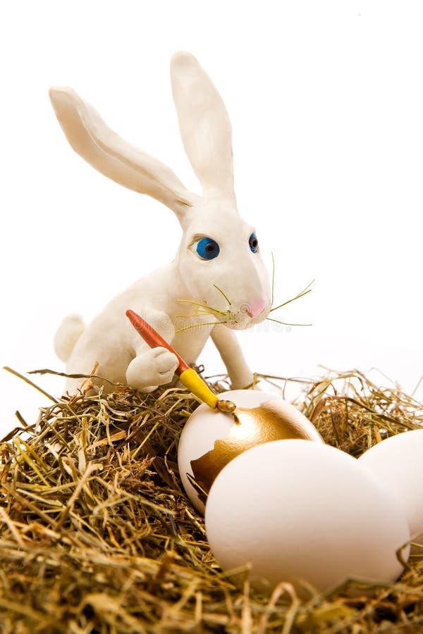 κουνέλι χρωμάτων αυγών Πάσχ στοκ εικόνα με δικαίωμα ελεύθερης χρήσης