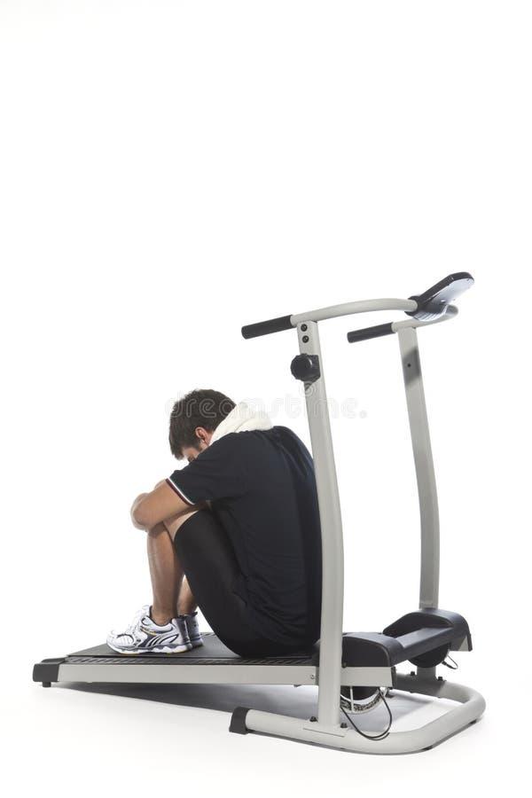 κουρασμένα άτομο treadmills στοκ φωτογραφίες με δικαίωμα ελεύθερης χρήσης