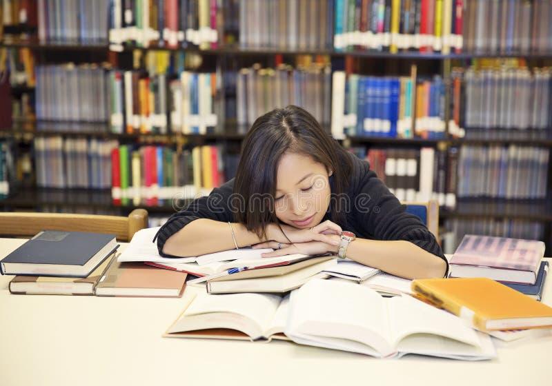 Κουρασμένος σπουδαστής στοκ εικόνα