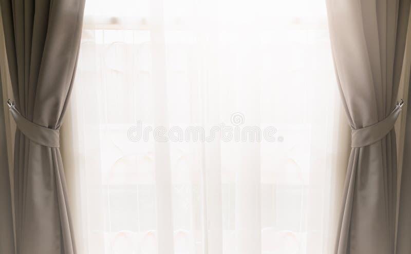 Κουρτίνα στο παράθυρο στοκ φωτογραφία
