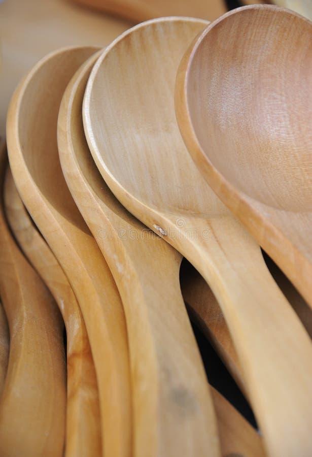 κουτάλι σωρών ξύλινο στοκ εικόνες