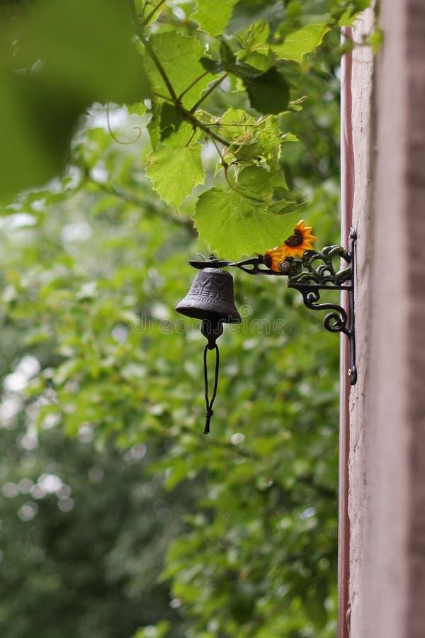 Κουδούνι κήπων στοκ εικόνες