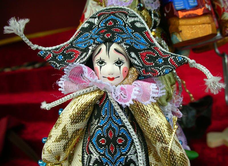 Κούκλα Pierrot σε έναν στάβλο αναμνηστικών σε Άγιο Πετρούπολη, Ρωσία στοκ φωτογραφία με δικαίωμα ελεύθερης χρήσης