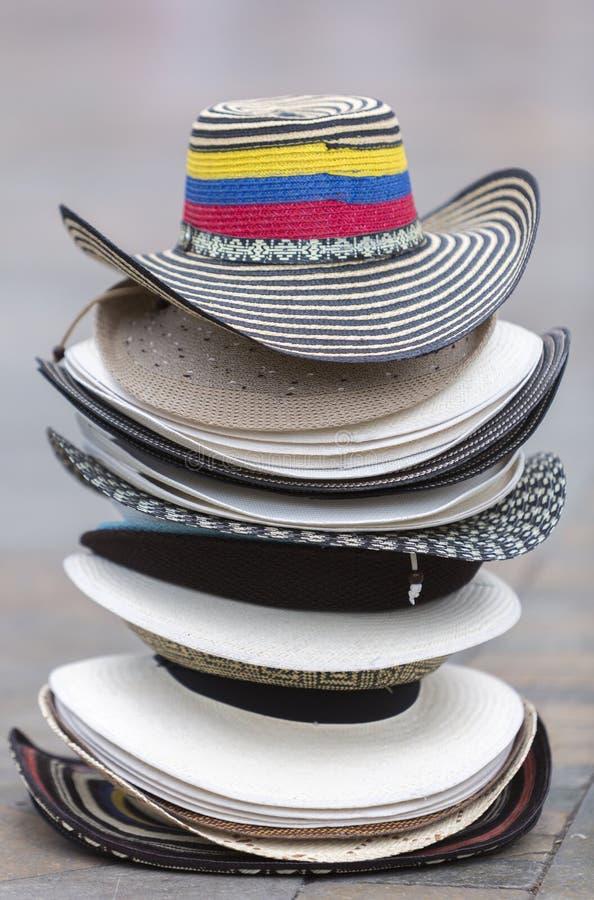 Κολομβιανά καπέλα τουριστών στο τετράγωνο σε Medellin, Κολομβία στοκ εικόνα