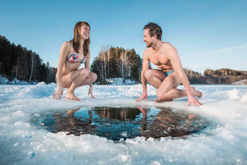 Κολύμβηση τρυπών πάγου στοκ φωτογραφίες με δικαίωμα ελεύθερης χρήσης