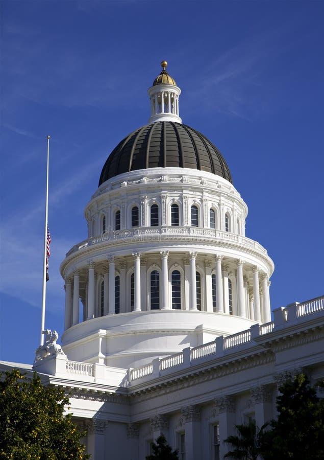Κράτος Capitol που χτίζει το ασβέστιο του Σακραμέντο στοκ φωτογραφία με δικαίωμα ελεύθερης χρήσης