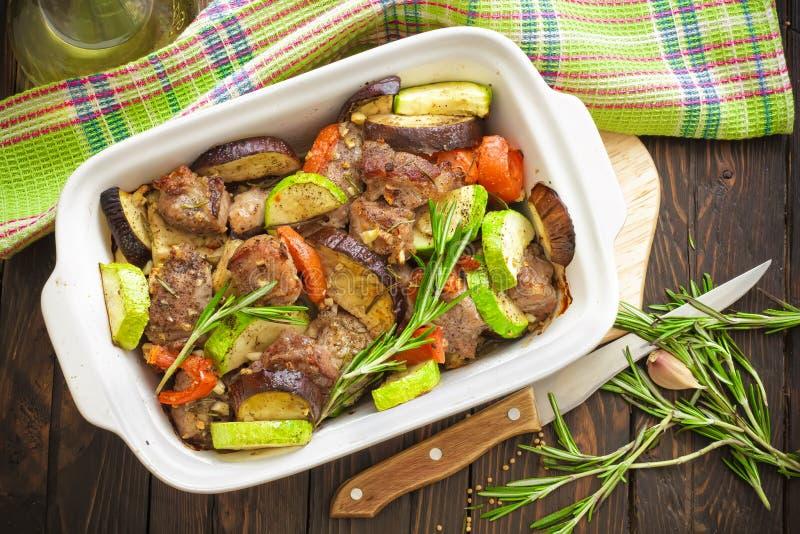 Κρέας και λαχανικά στοκ εικόνες