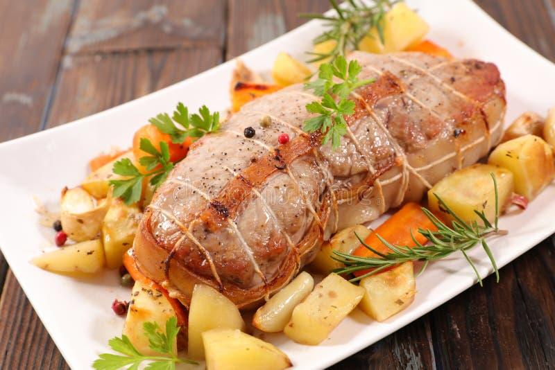 Κρέας και λαχανικό ψητού στοκ εικόνες με δικαίωμα ελεύθερης χρήσης
