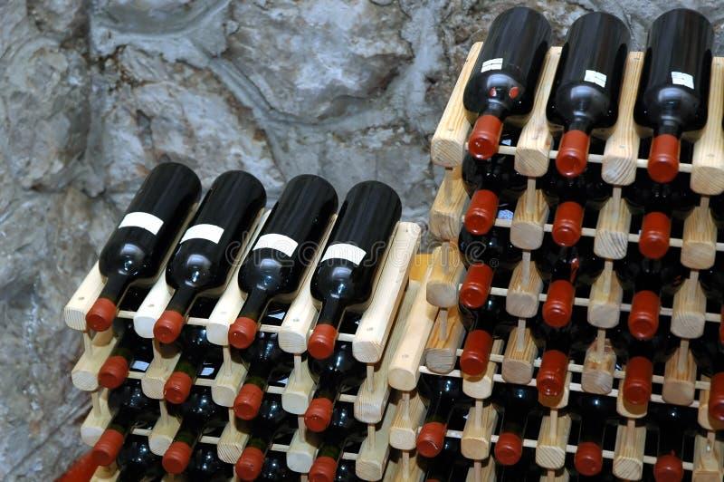κρασί 2 υπογείων στοκ φωτογραφία με δικαίωμα ελεύθερης χρήσης
