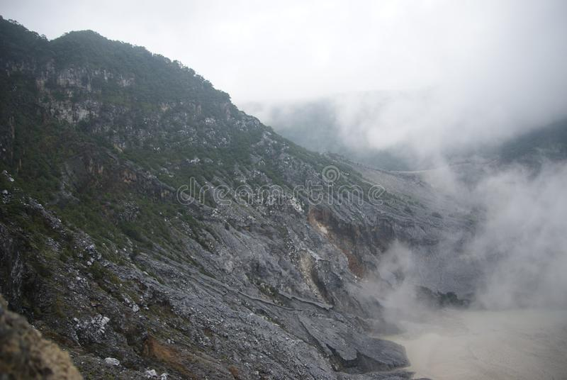 Κρατήρας Tangkuban Perahu σε Bandung, Ινδονησία στοκ φωτογραφία