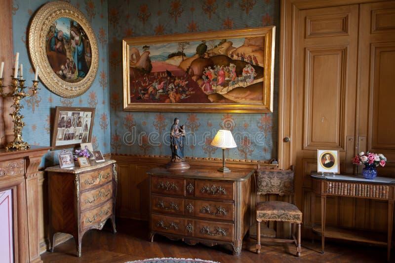 Κρατημένα στα ύφος δωμάτια στο κάστρο Montresor στοκ εικόνες