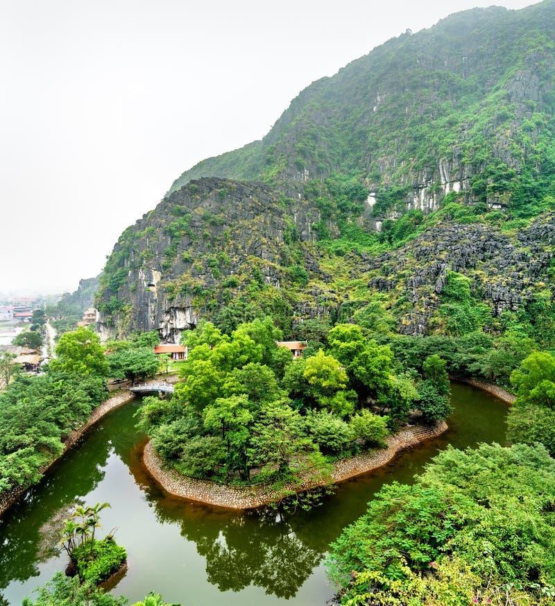 Κρεμάστε Mua την άποψη σε Trang, Βιετνάμ στοκ εικόνες