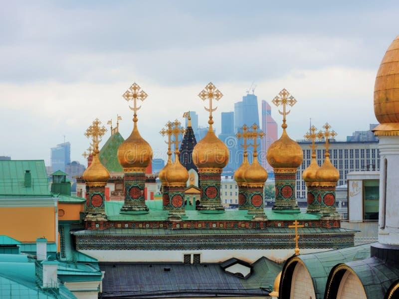 Κρεμλίνο Μόσχα Χρυσοί θόλοι των εκκλησιών Terem στοκ εικόνες με δικαίωμα ελεύθερης χρήσης