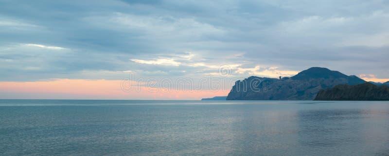 Κριμαία, βουνά Karadag στοκ εικόνα με δικαίωμα ελεύθερης χρήσης