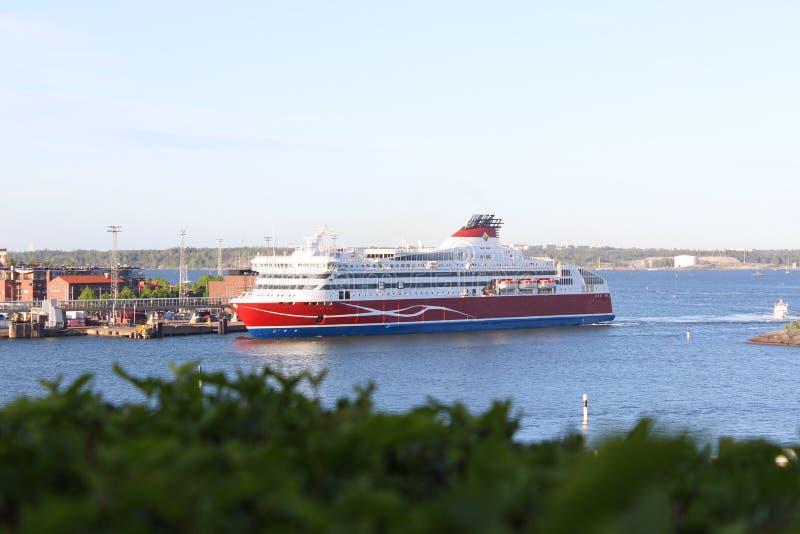 Κρουαζιερόπλοιο στο λιμένα του Ελσίνκι, Φινλανδία στοκ εικόνα
