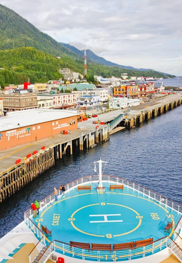 Κρουαζιερόπλοιο της Αλάσκας σε Ketchikan στοκ εικόνες με δικαίωμα ελεύθερης χρήσης