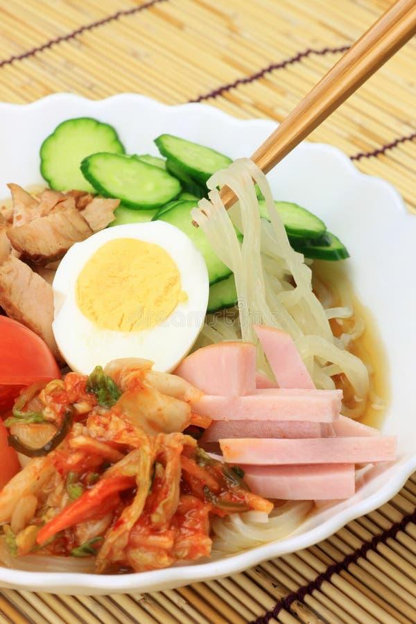 Κρύα noodles στοκ εικόνα