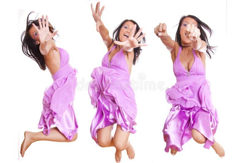κρύβοντας άλμα κοριτσιών π& στοκ εικόνες με δικαίωμα ελεύθερης χρήσης