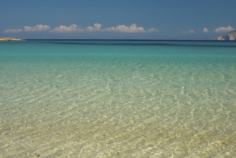 Κρύσταλλο - σαφής τυρκουάζ παραλία νερού στοκ φωτογραφίες με δικαίωμα ελεύθερης χρήσης