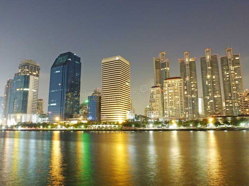 Κτήρια επιχειρησιακής περιοχής της Μπανγκόκ στοκ φωτογραφία