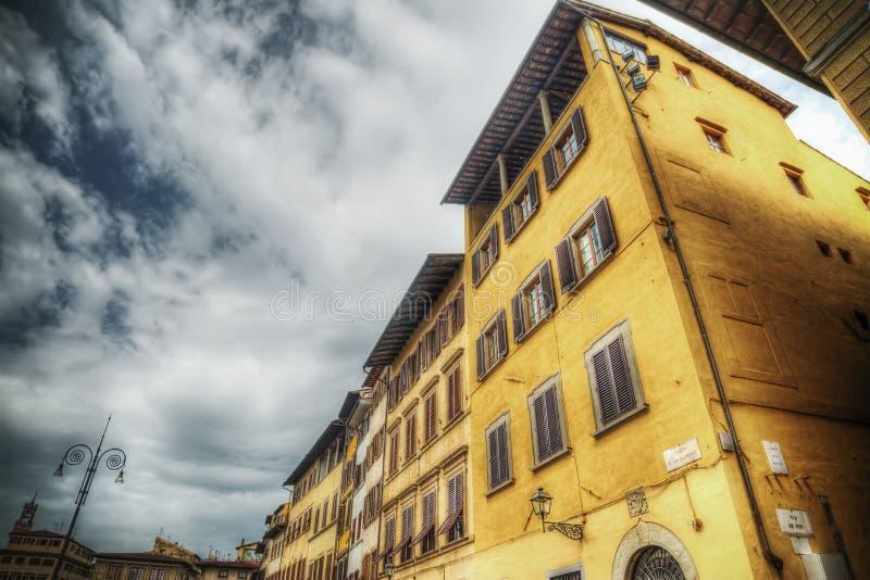 Κτήρια στην πλατεία Santa Croce στη Φλωρεντία στοκ φωτογραφία