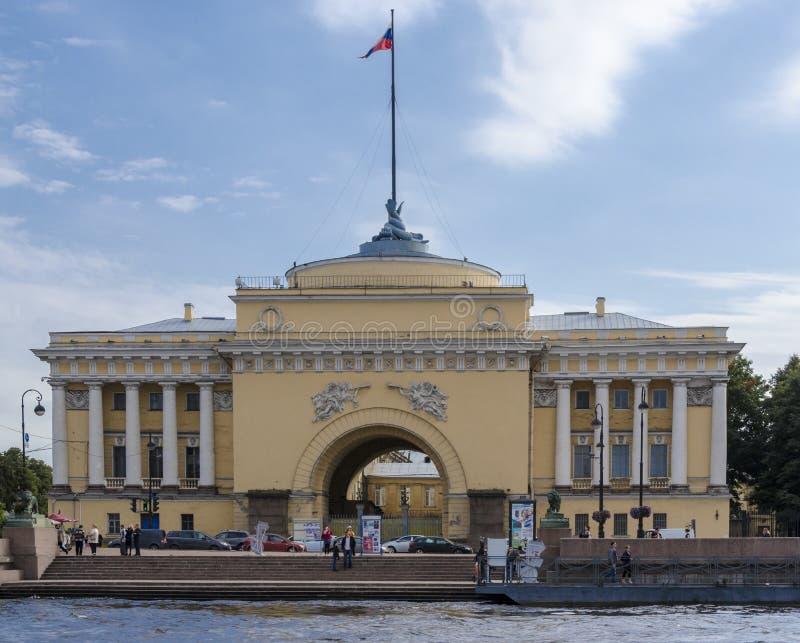 Κτήριο ναυαρχείου, Αγία Πετρούπολη, Ρωσία στοκ εικόνα με δικαίωμα ελεύθερης χρήσης