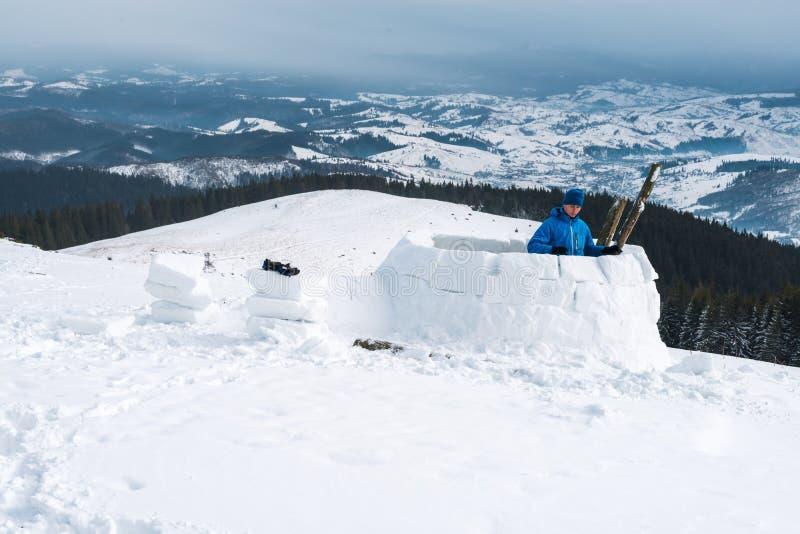 Κτήριο παγοκαλυβών στο υψηλό βουνό στοκ φωτογραφίες με δικαίωμα ελεύθερης χρήσης