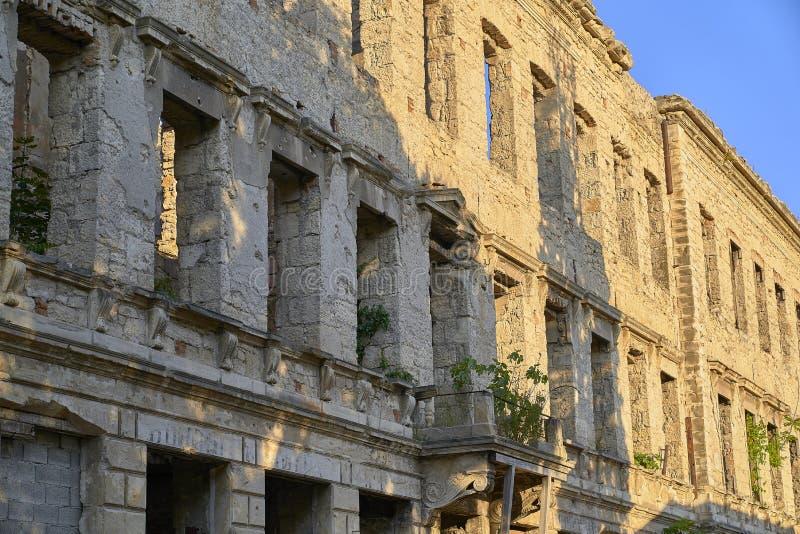 Κτήριο που καταστρέφεται στο βοσνιακό πόλεμο στοκ φωτογραφία