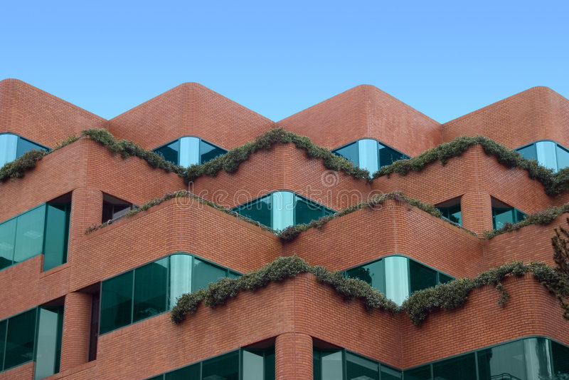 κτήριο που περπατείται Στοκ φωτογραφίες με δικαίωμα ελεύθερης χρήσης