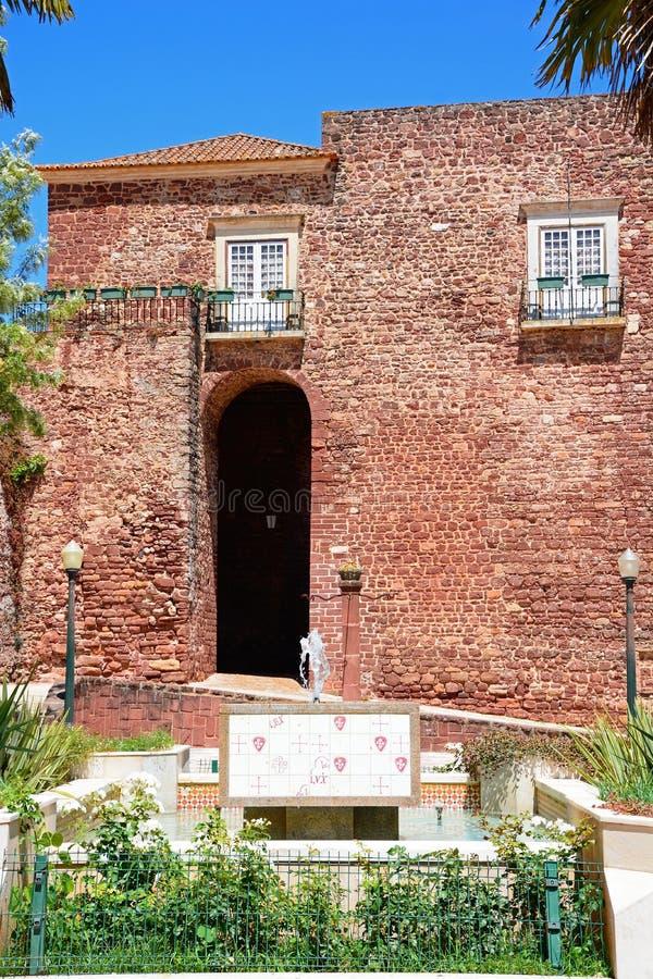 Κτήριο πυλών πόλεων, Silves, Πορτογαλία στοκ φωτογραφία με δικαίωμα ελεύθερης χρήσης