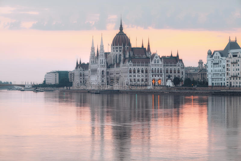 Κτήριο του Κοινοβουλίου στη Βουδαπέστη, Ουγγαρία στοκ εικόνα με δικαίωμα ελεύθερης χρήσης