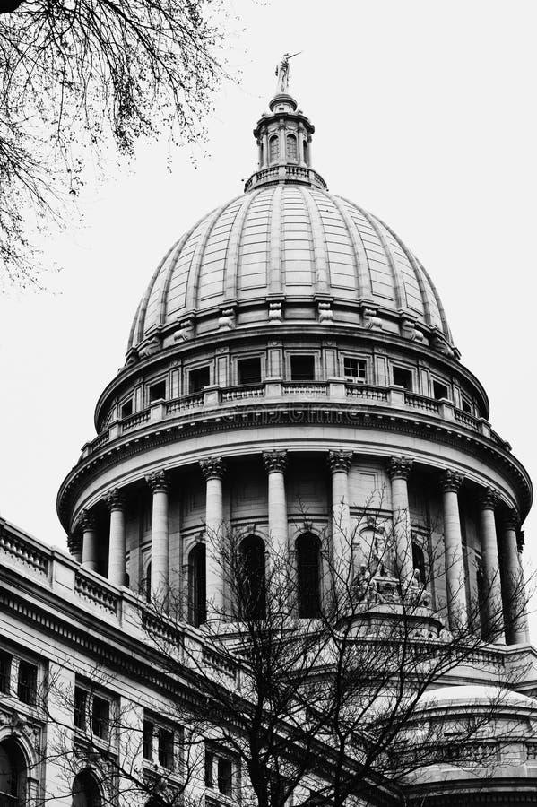 Κτήριο του Μάντισον Ουισκόνσιν Capitol στοκ φωτογραφίες με δικαίωμα ελεύθερης χρήσης
