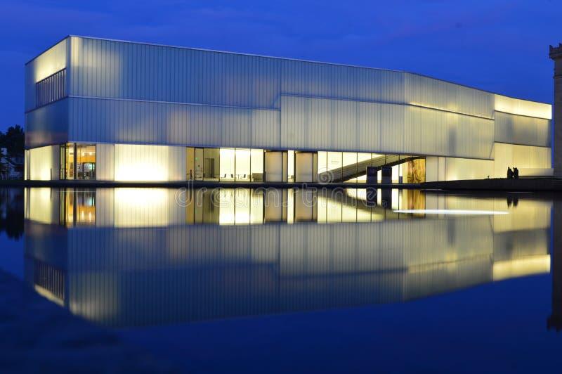 Κτήριο Bloch Μουσείων Τέχνης του Κάνσας Nelson Atkins στοκ φωτογραφία με δικαίωμα ελεύθερης χρήσης