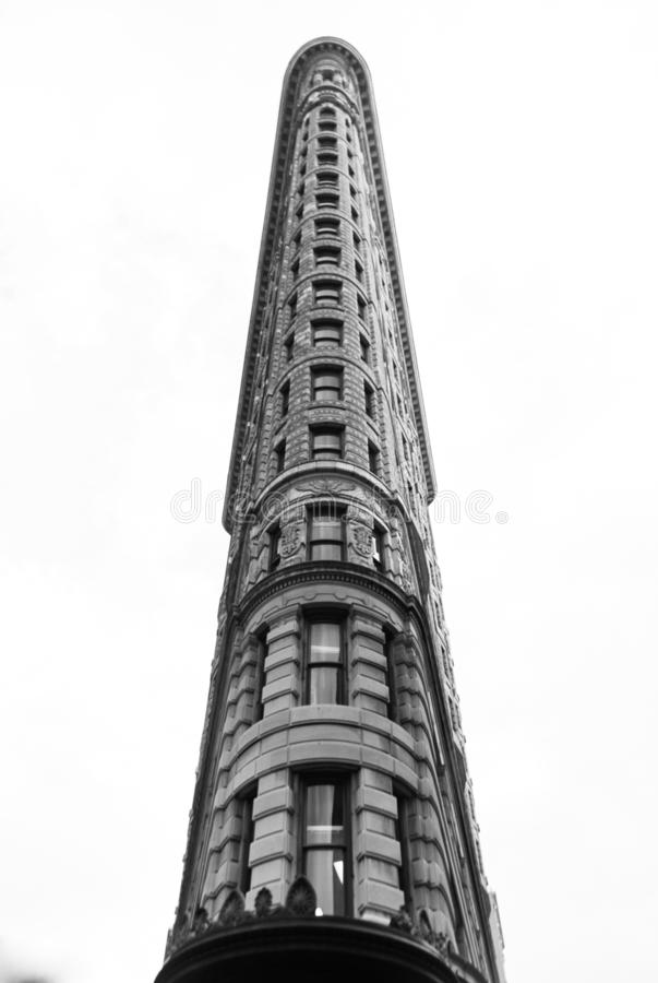 Κτήριο Flatiron - μέτωπο επάνω από κάτω από - γραπτό στοκ εικόνα