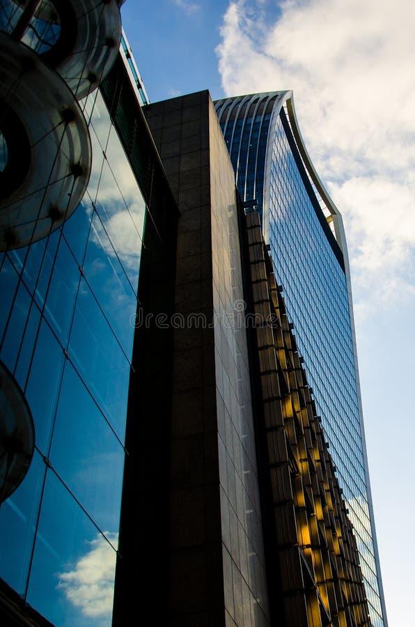 Κτίρια γραφείων του Λονδίνου - χρώμα στοκ φωτογραφία
