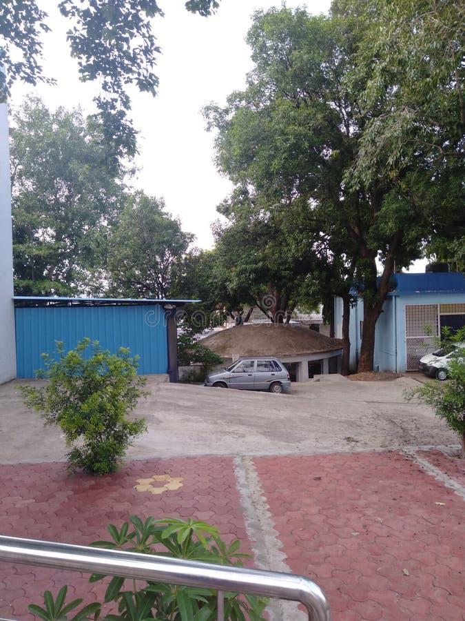 Κτηνιατρικό τέταρτο στην κτηνιατρική πανεπιστημιούπολη Jehangirabad Bhopal νοσοκομείων στοκ εικόνες
