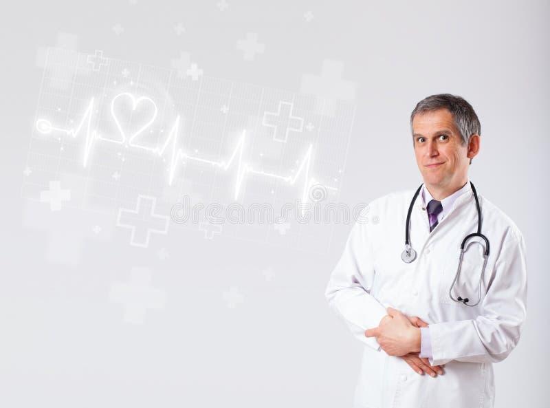 Κτύπος της καρδιάς γιατρών examinates με την αφηρημένη καρδιά στοκ φωτογραφία
