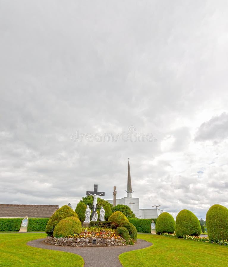 Κτύπος, Mayo, Ιρλανδία Η εθνική τισσα Παρθένου Μαρίας λάρνακα της Ιρλανδίας ` s στο κοβάλτιο Mayo, που επισκέπτεται από πάνω από  στοκ φωτογραφία με δικαίωμα ελεύθερης χρήσης