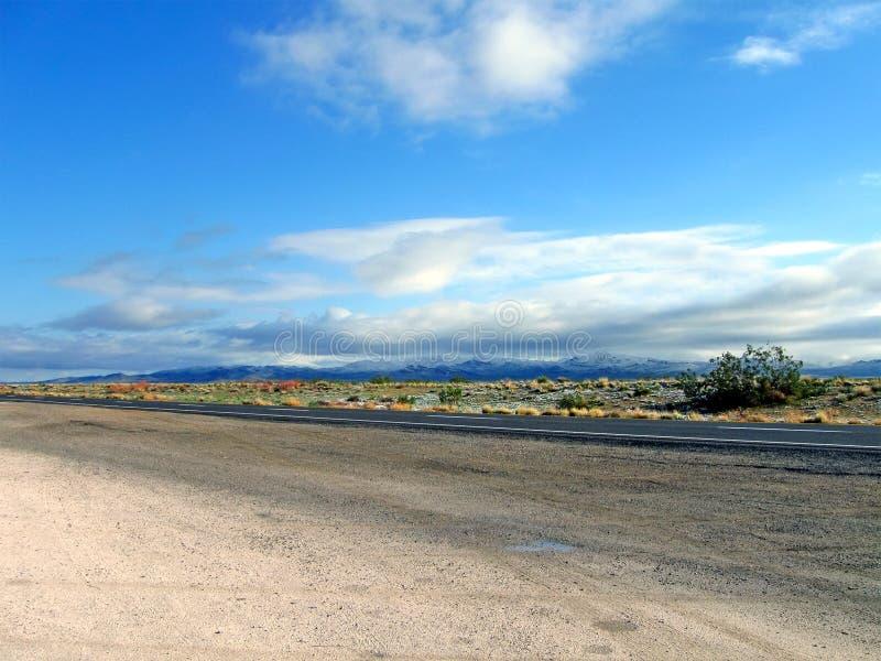 κυανός μπλε οδικός ουρ&alp στοκ εικόνες