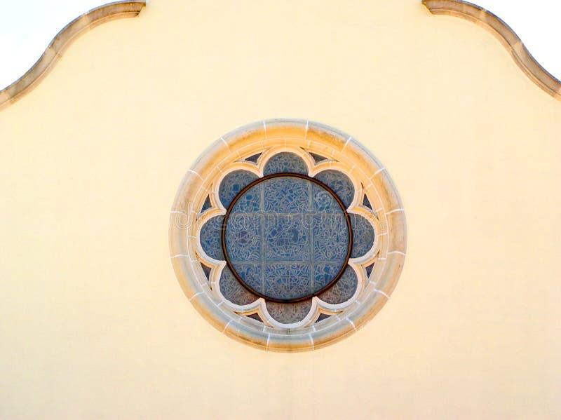 κυκλικό λεκιασμένο γυαλί παράθυρο Στοκ φωτογραφία με δικαίωμα ελεύθερης χρήσης