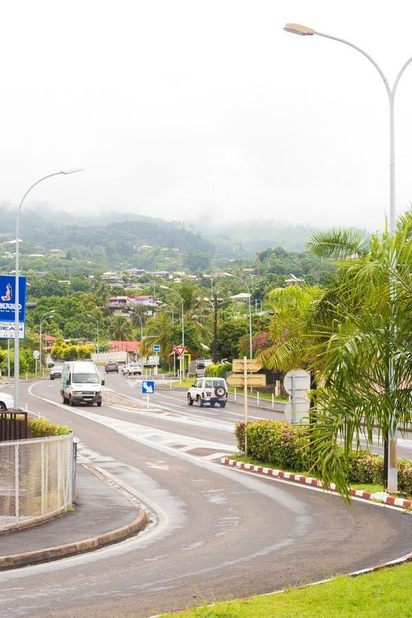 Κυκλοφορία στο τύλιγμα της οδού σε Papeete, γαλλική Πολυνησία στοκ φωτογραφία με δικαίωμα ελεύθερης χρήσης