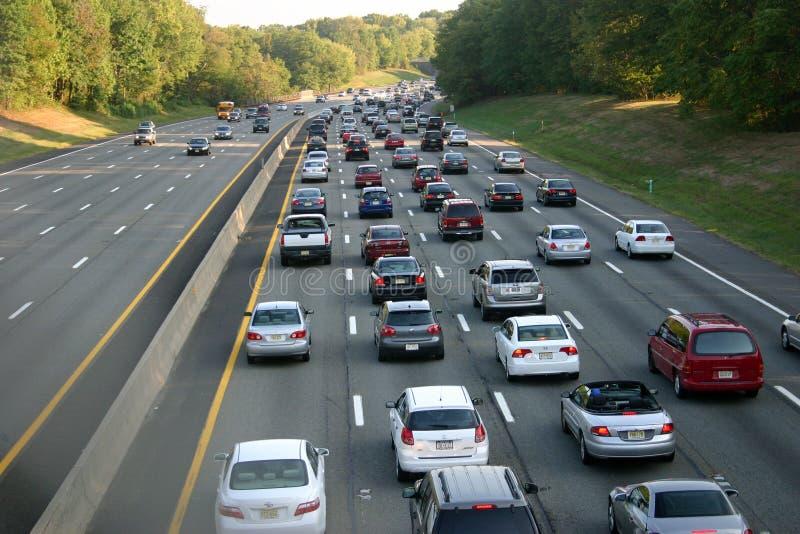 Κυκλοφορία ώρας αιχμής στο χώρο στάθμευσης Garden State, Νιου Τζέρσεϋ, ΗΠΑ στοκ εικόνες