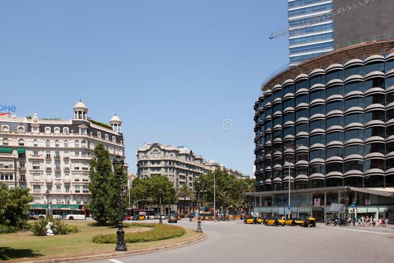 Κυκλοφορία στις οδούς της Βαρκελώνης στοκ εικόνα με δικαίωμα ελεύθερης χρήσης