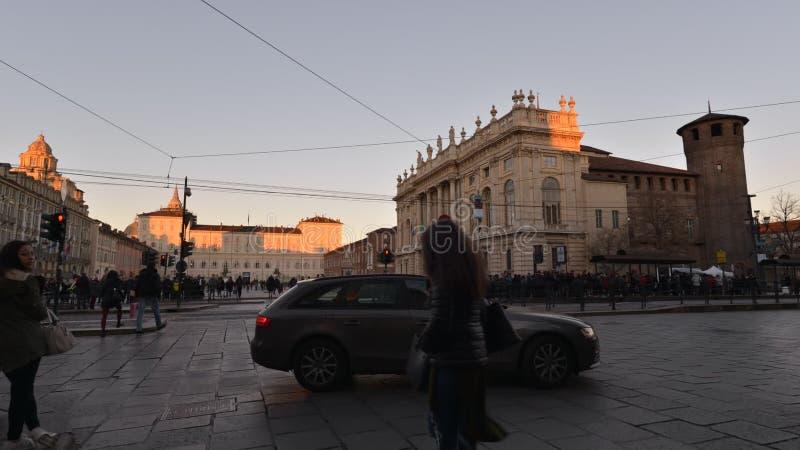 Κυκλοφορία στο κέντρο του Τουρίνου, Ιταλία, στις 16 Ιανουαρίου 2016 - βίντεο Timelapse φιλμ μικρού μήκους