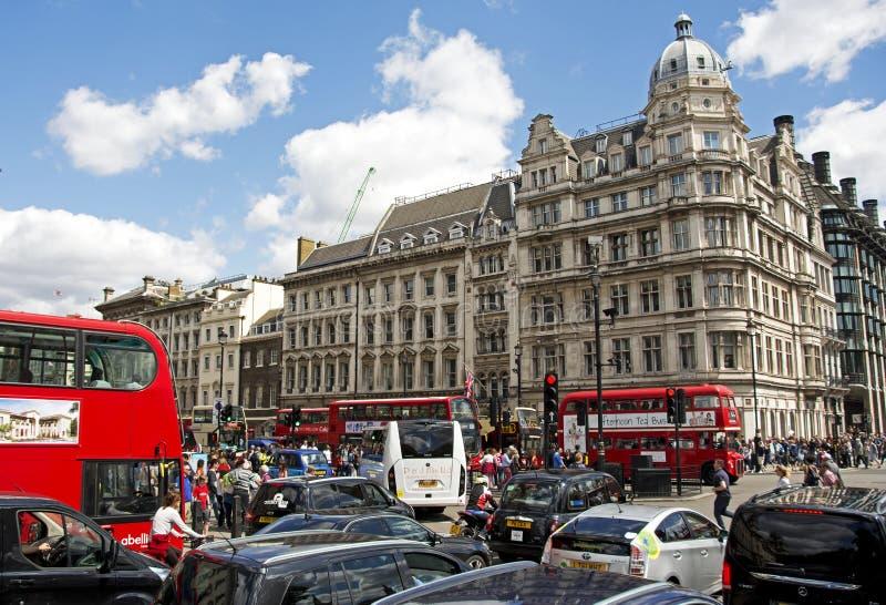 Κυκλοφορία του Λονδίνου στοκ εικόνες