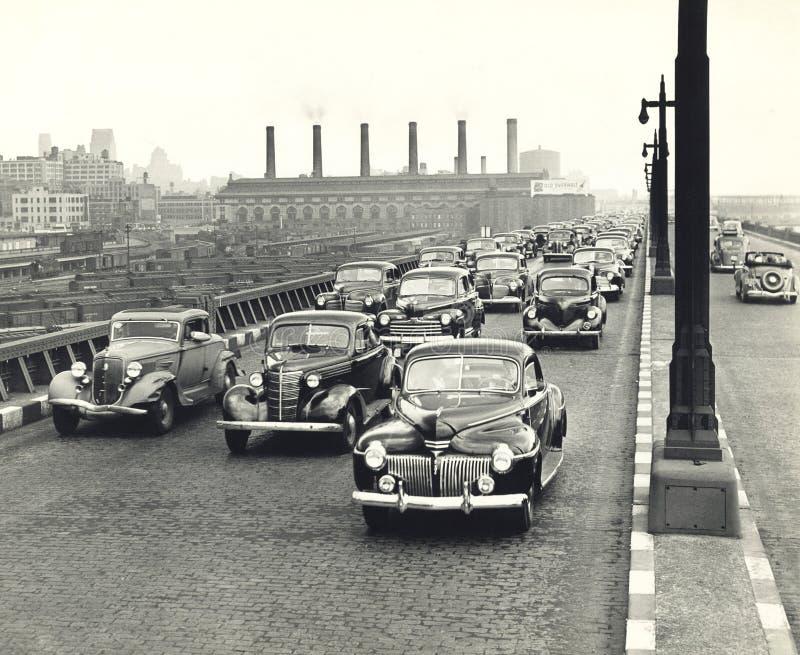 κυκλοφοριακή συμφόρηση της δεκαετίας του '40 στην πόλη της Νέας Υόρκης στοκ εικόνες με δικαίωμα ελεύθερης χρήσης